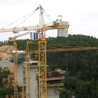 betoncranes-cranes-export-spain-Espana-gruas-torres-maquinaria-construccion